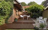 The standard rectangular deck design allows for maximum use of space and versatility.