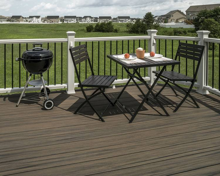 Coastal Bluff Deck