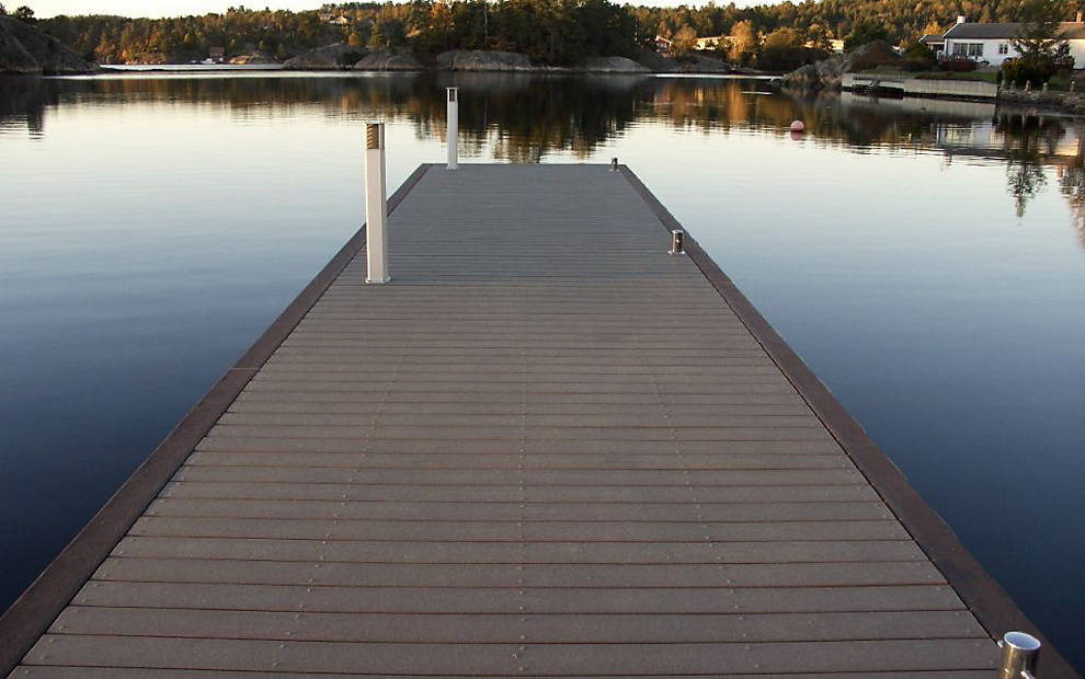 Docks And Marinas That Use Trex Are Featured In This Photo