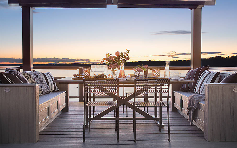 composite deck as seen in hgtv dream home 2018 trex. Black Bedroom Furniture Sets. Home Design Ideas