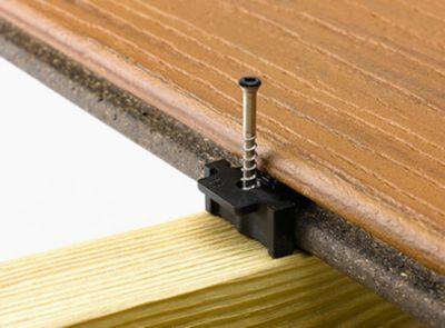 Trex Hideaway Universalbefestigungssystem mit genuteten Terrassendielen aus Verbundmaterial