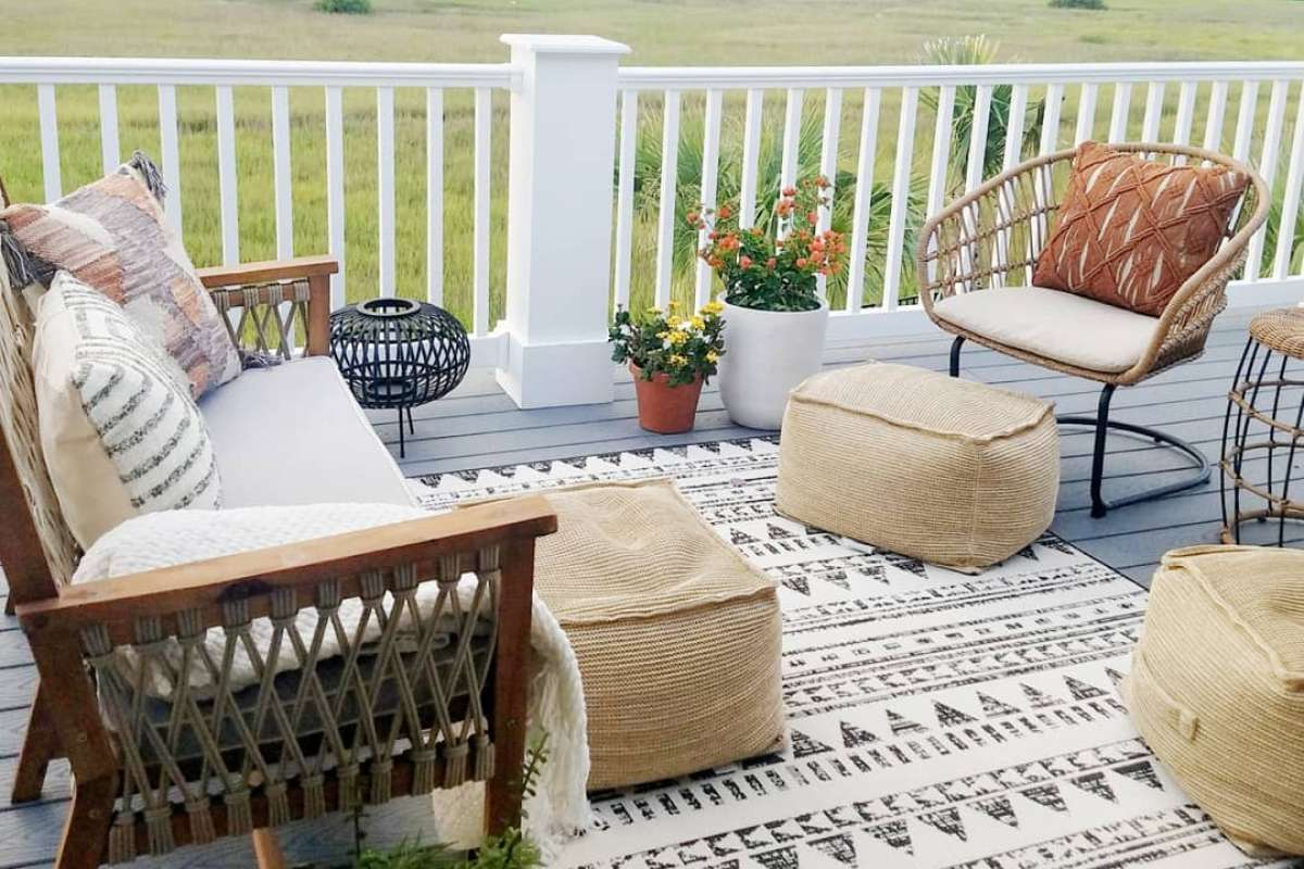 jess-davis-carcaba-road-boho-outdoor-seating-trex-select-pebble-grey
