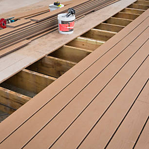 Diy deck build your own deck trex learn how to resurface your current deck with trex solutioingenieria Image collections