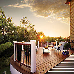 Deck design with Trex keeps a like-new look for years