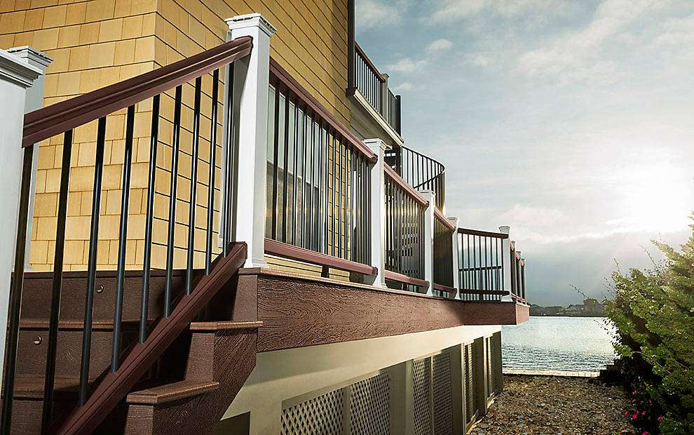 Step-by-Step Guide to Trex Transcend® Horizontal Railing ...