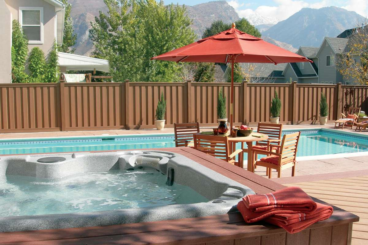 Trex Fencing Seclusions Hot Tub Saddle Decking Trex