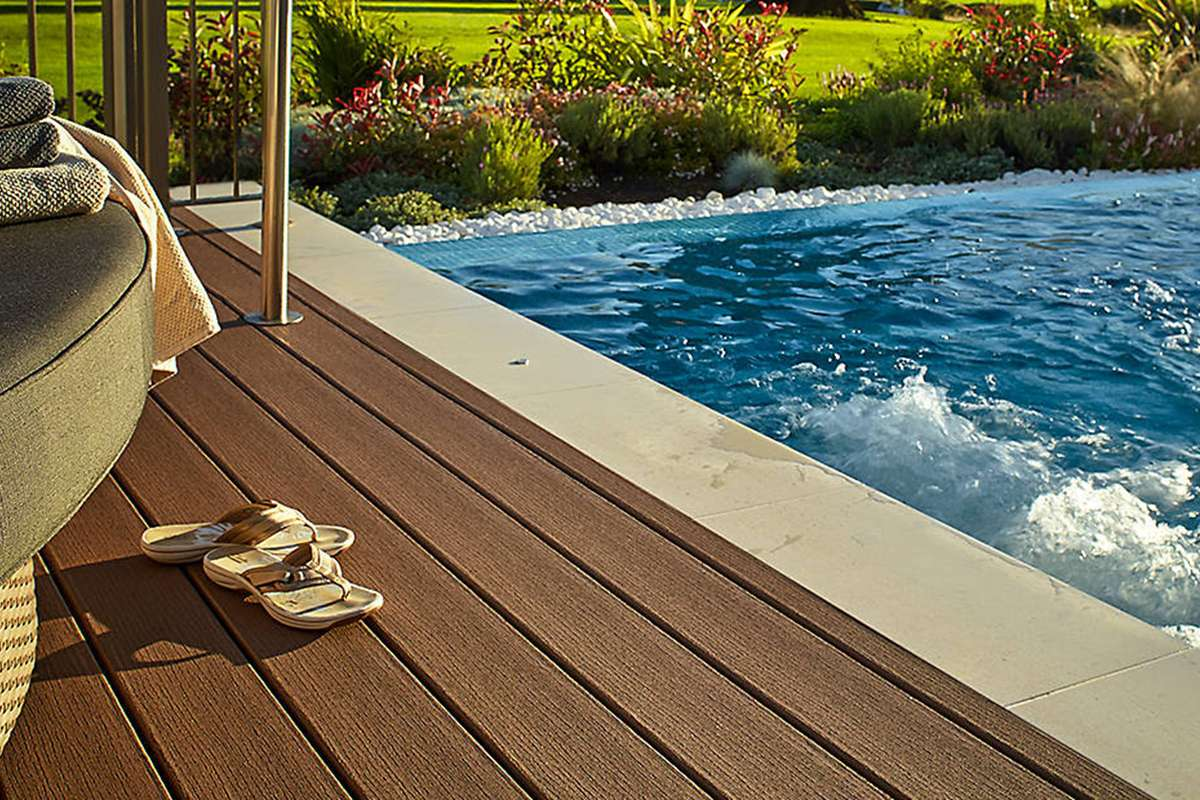What To Consider When Planning Your Above Ground Pool Deck Trex