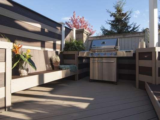 bordure de terrasse trex transcend en taupe, spiced rhum et grill